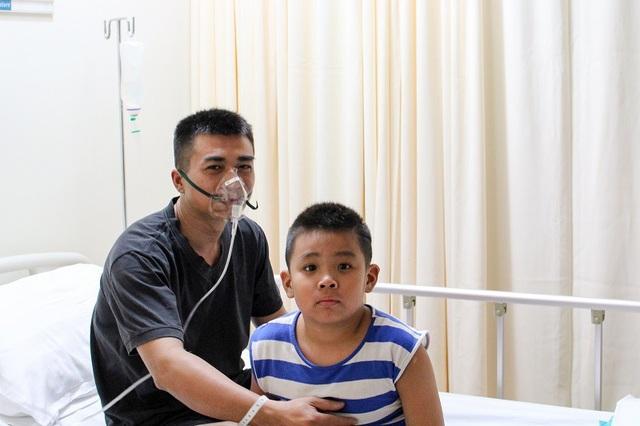 2 bố con là nạn nhân trong vụ cháy điều trị tại Bệnh viện Quốc tế City