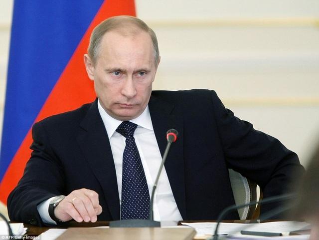 """Trong khi đó, Nga coi cáo buộc này là """"vô căn cứ"""" và tuyên bố sẽ đáp trả tương xứng. (Ảnh: AFP)"""