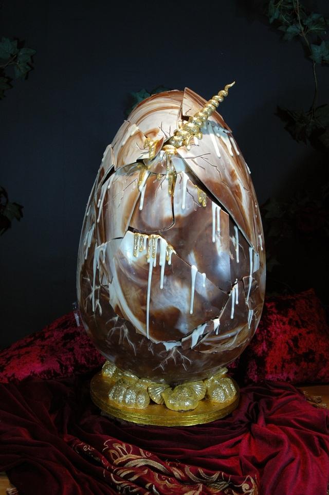 Điều gì khiến một quả trứng lại có giá hơn nửa tỷ đồng? - 4