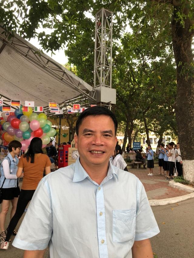 Ông Phạm Ngọc Thạch, Phó Hiệu trưởng trường ĐH Hà Nội