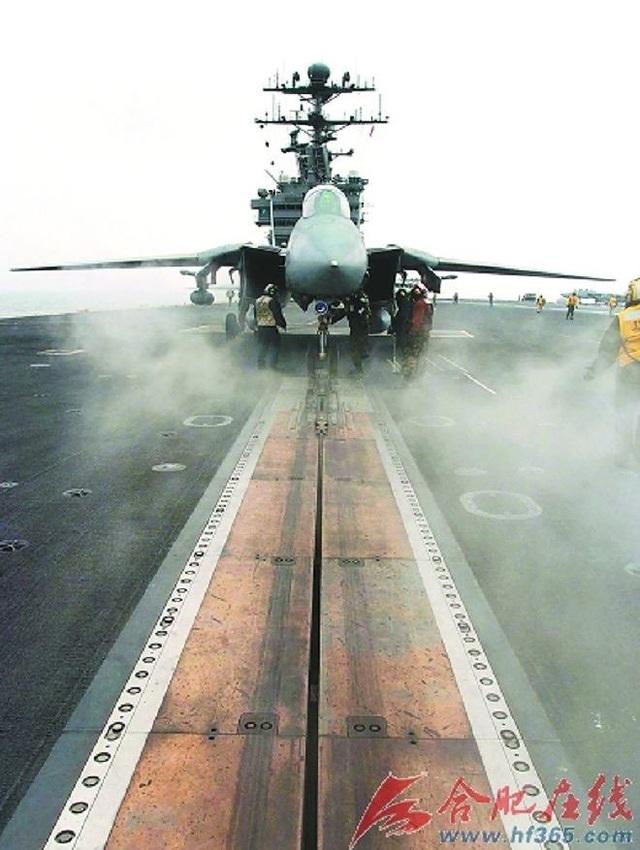 Trung Quốc có được kỹ thuật phóng máy bay trên tàu sân bay từ Anh