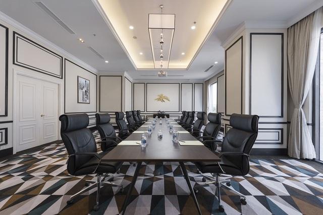 Vinpearl khai trương khách sạn nội đô đầu tiên tại Nha Trang - 7