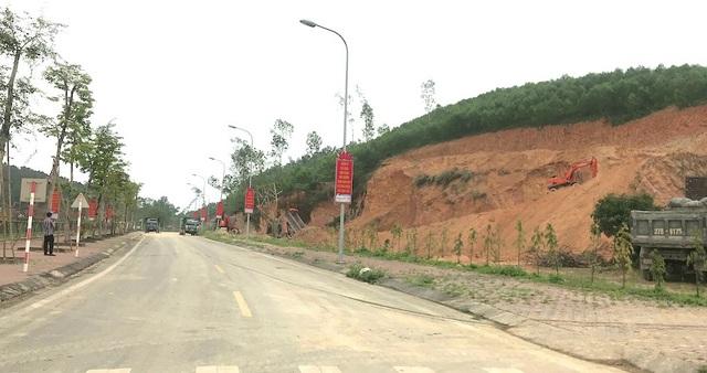 Khai thác đất cạnh Khu di tích quốc gia Truông Bồn đã làm ảnh hưởng rất nhiều đến công trình tâm linh tại đây.