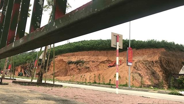 """""""Đất tặc"""" rầm rộ hoành hành ngay cạnh Khu di tích quốc gia Truông Bồn? - 4"""
