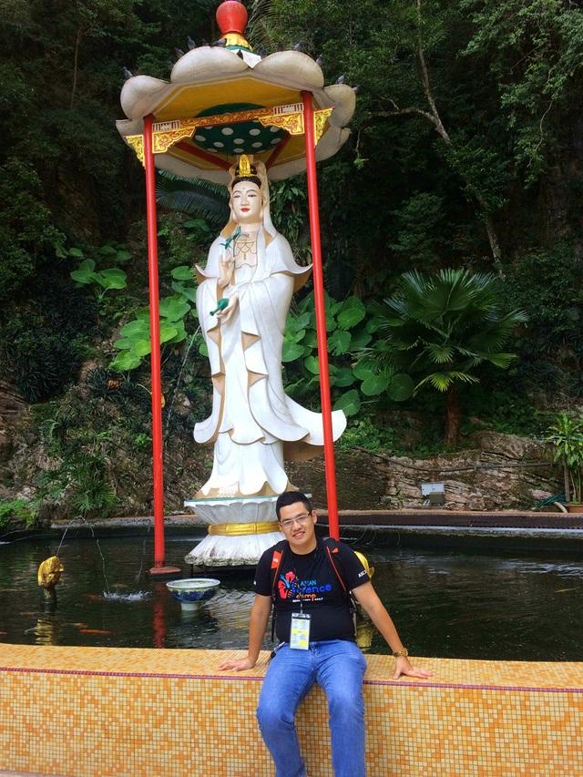 Chàng trai 9X tham gia trại hè Khoa học Châu Á.