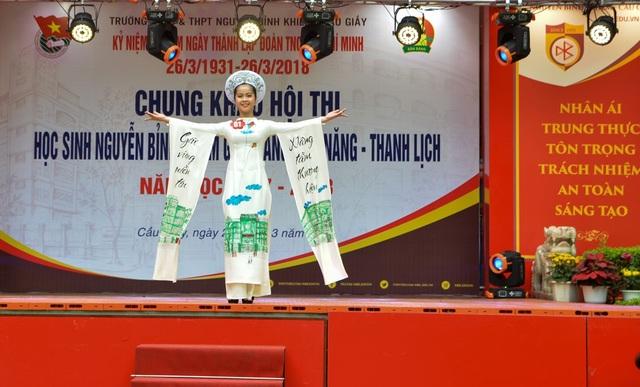 Quán quân cuộc thi bạn Nguyễn Hải Anh - Lớp 8A đạt giải Nhất chung cuộc khối THCS