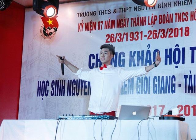 Nguyên Hạo thăng hoa với vai trò là một DJ trong phần thi tài năng của mình