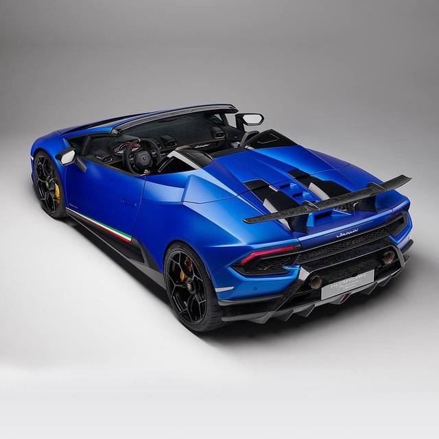 Lamborghini Hà Nội nhận đặt hàng Huracan Performante - 4