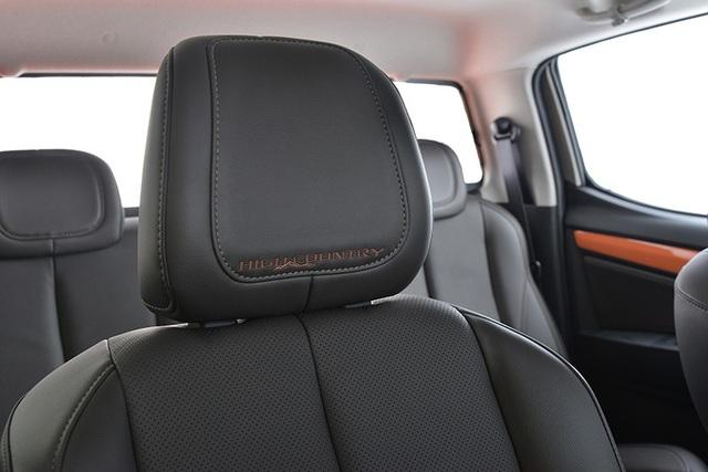 Chevrolet Colorado có thêm nhiều phụ kiện làm đẹp - 12