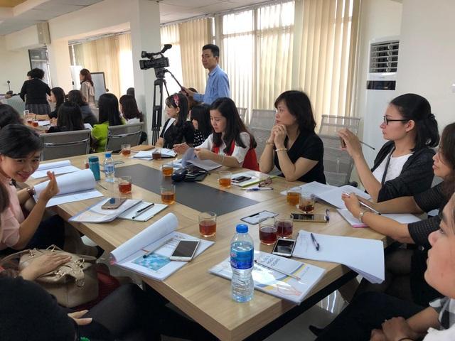 Các giáo viên mầm non Hà Nội tham dự hội thảo
