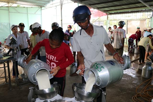 Hợp tác xã Nông Nghiệp Evergrowth đã giải quyết công ăn việc làm của hơn 2.000 hộ xã viên, tương đương hơn 10.000 nhân khẩu ở tỉnh Sóc Trăng.