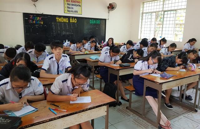 Sự việc cô giáo không nói khi lên lớp suốt gần 4 tháng xảy ra tại lớp 11A1, Trường THPT Long Thới, Nhà Bè, TPHCM