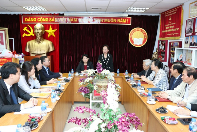 Sáng nay 29/3, Phó Chủ tịch nước Đặng Thị Ngọc Thịnh đã tới thăm và làm việc với Trung ương Hội Khuyến học Việt Nam.