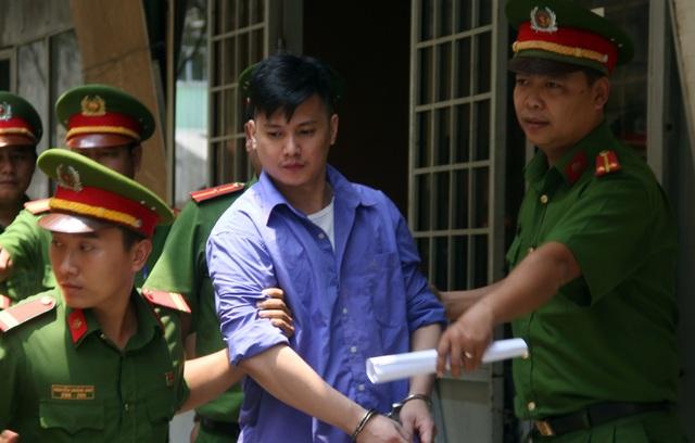 Bị cáo Khoa lãnh 9 năm tù.