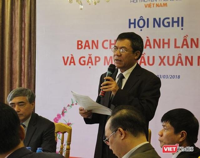 Ông Lê Đức Sảo – Phó Chủ tịch kiêm Tổng thư ký Hội báo cáo Hội nghị về đánh giá kết quả và phương hướng hoạt động của VDCA năm 2018.