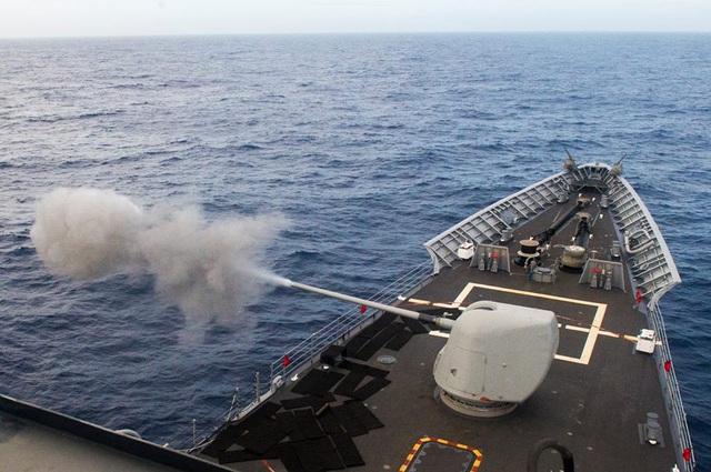 Nhóm tác chiến 1 thực hiện các hoạt động thử vũ khí trên Thái Bình Dương.