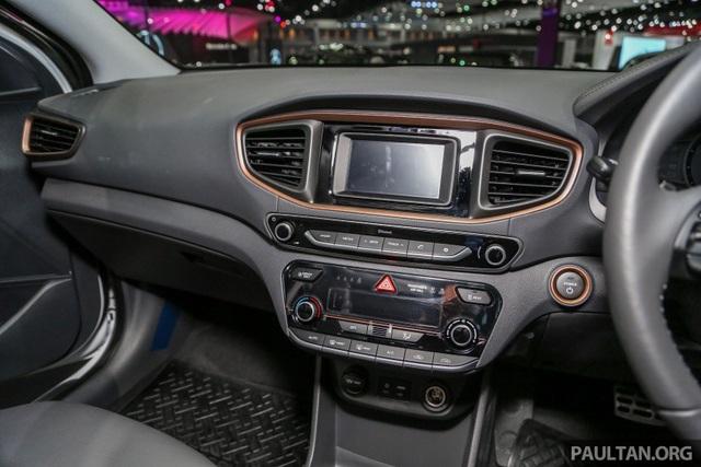 Xe chạy điện Hyundai Ioniq Electric chính thức ra mắt thị trường ASEAN - 5