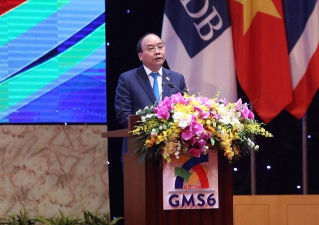 Thủ tướng Chính phủ Nguyễn Xuân Phúc chủ trì Phiên họp toàn thể (ảnh: Hữu Nghị)