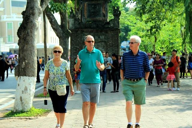 Trong tháng 3 lượng khách quốc tế đến Việt Nam ước đạt 1.3 triệu lượt khách, đây là con số cao và ấn tượng. Ảnh minh họa