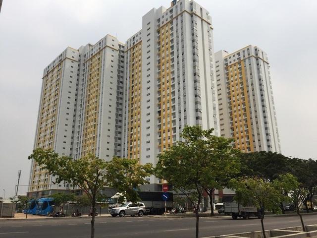 Thị trường mua bán căn hộ tại TPHCM có thể sẽ ảm đạm khoảng 3 tháng sau vụ cháy khinh hoàng tại chung cư Carina.