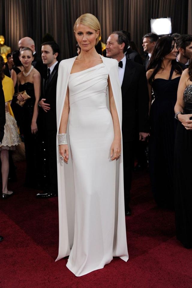 Gwyneth Paltrow trong bộ váy của Tom Ford tại lễ trao giải Oscar năm 2012