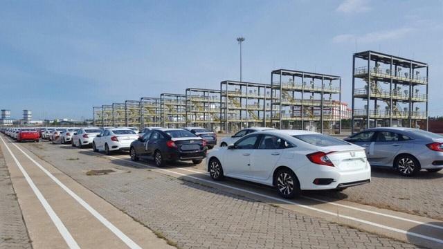 Lô hơn 2 nghìn xe của Honda nhập khẩu từ Thái Lan vừa cập cảng Hiệp Phước