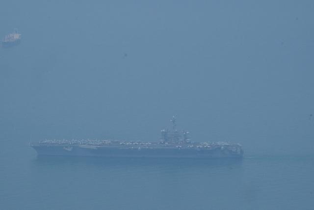 Tàu sân bay Mỹ đã vào vịnh Đà Nẵng - 1