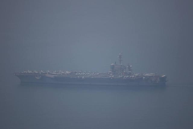 Tàu sân bay Mỹ đã vào vịnh Đà Nẵng - 2