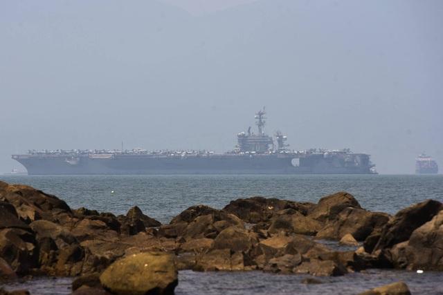 Tàu sân bay Mỹ đã vào vịnh Đà Nẵng - 5