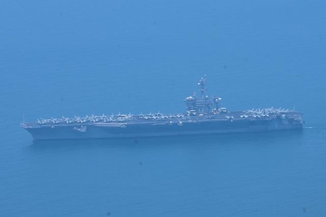 Tàu sân bay Mỹ đã vào vịnh Đà Nẵng - 6