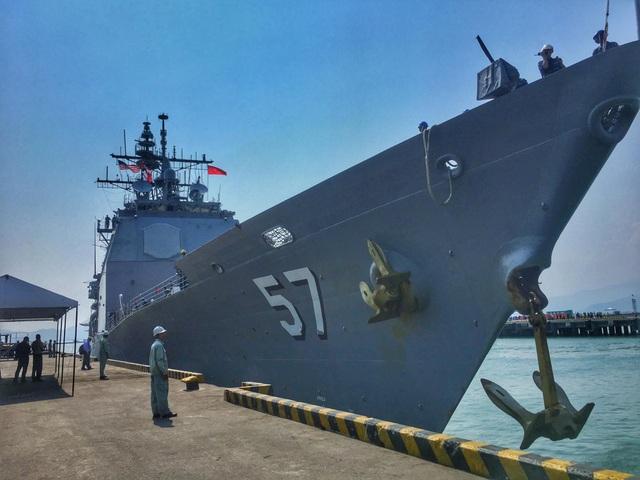 Hình ảnh nơi neo đậu của tàu Hải quân Mỹ tại cảng Tiên Sa - 2