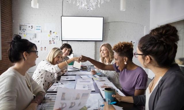 5 cách giúp CEO làm bạn với nhân viên - 1