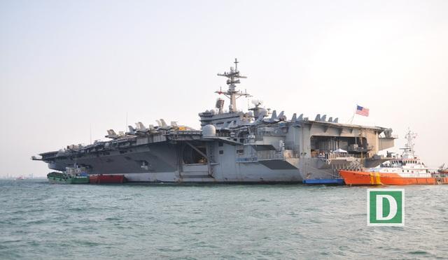 USS Carl Vinson được ví như một thành phố nổi với đầy đủ khí tài hiện đại và tiện nghi trên tàu