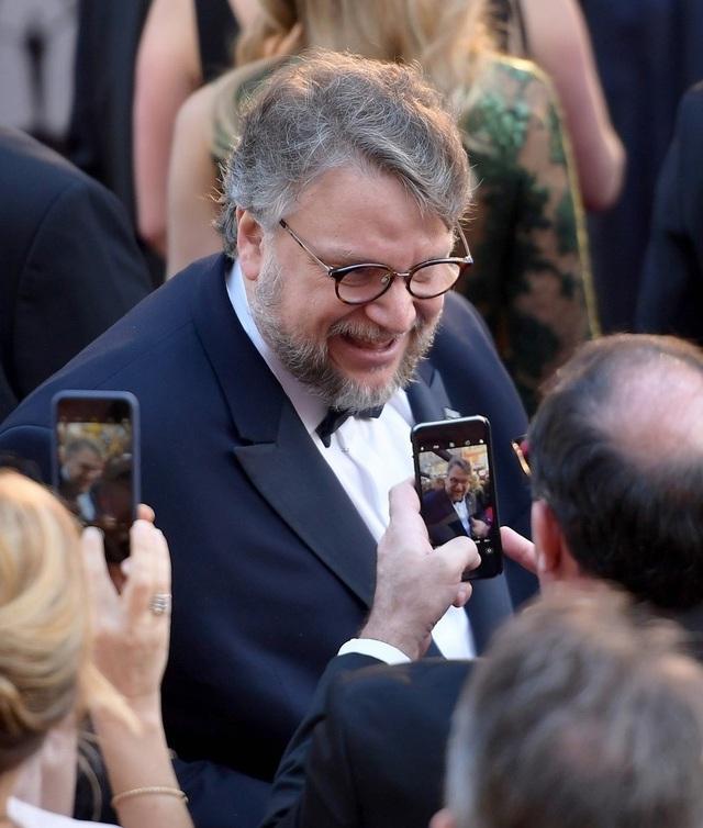 Đạo diễn Guillermo del Toro của The Shape of Water giành giải Đạo diễn xuất sắc nhất tại Oscar 2018.