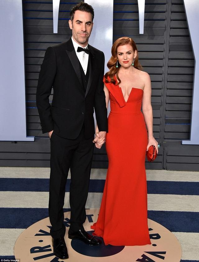 Sacha Baron Cohen và vợ Isla Fisher