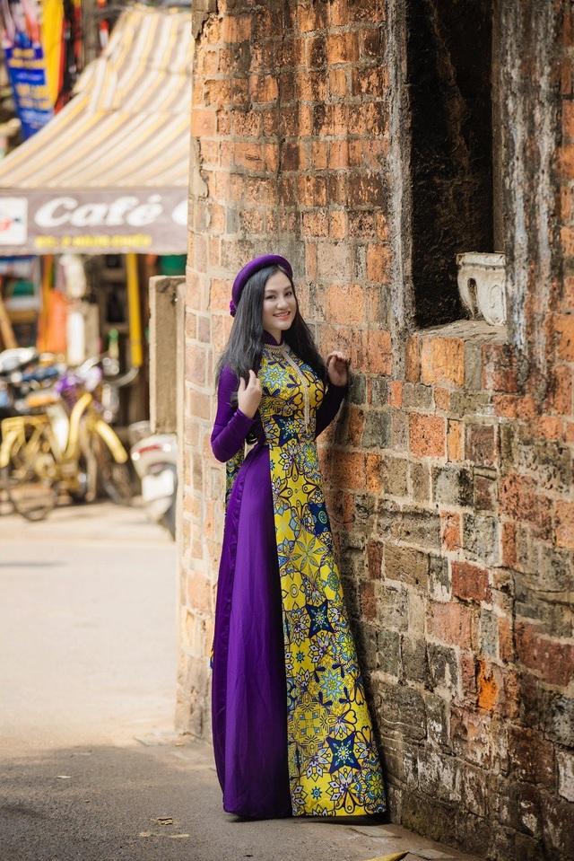 Hoa hậu Trần Huyền Nhung ngọt dịu dàng sắc tím trong lòng phố cổ Hà Nội - 5