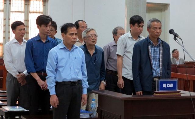 Các bị cáo bị đề nghị tuyên phạt án tù, trong đó có 3 bị cáo được đề nghị cho hưởng án treo.
