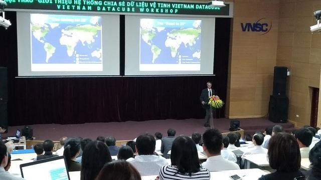 Đại diện của Ủy ban Quan sát Vệ tinh Trái đất và nỗ lực nhằm mang lại lợi ích cho cộng đồng - Giới thiệu về Data Cube và các ứng dựng cụ thể tại các quốc gia trên Thế giới.