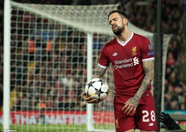 Ings thất vọng sau khi không thể ghi bàn vào lưới Porto