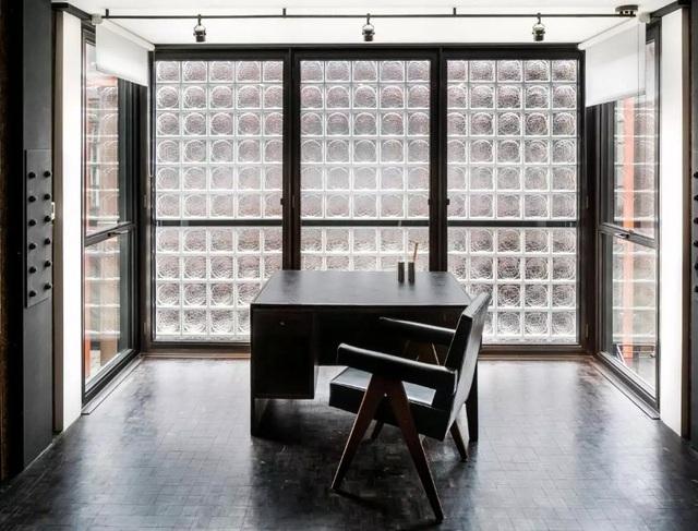 """Dưới góc độ chuyên môn, các chuyên gia về kiến trúc cho rằng, """"Eglon House"""" có thể được coi là một công trình giúp định nghĩa lại phong cách kiến trúc cổ điển ở thế kỷ 21."""