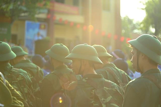 Trong số 4.470 thanh niên lên đường tòng quân của TPHCM năm nay có 3.924 thanh niên tham gia nghĩa vụ quân sự.