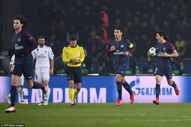Cavani gỡ hòa 1-1 cho Real Madrid ở phút 71, nhưng chừng đó là quá muộn