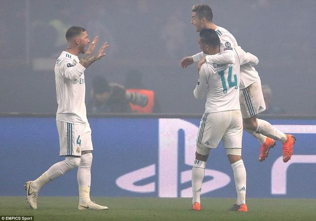 Real Madrid lần thứ 8 liên tục có mặt ở tứ kết Champions League
