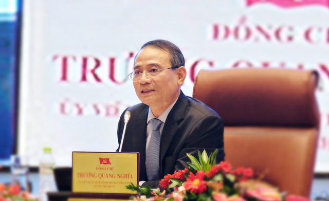 Chủ trì buổi tọa đàm, ông Trương Quang Nghĩa - Bí thư Thành ủy Đà Nẵng đề nghị chính quyền thành phố lắng nghe doanh nghiệp; minh bạch quy hoạch đất thu hút đầu tư