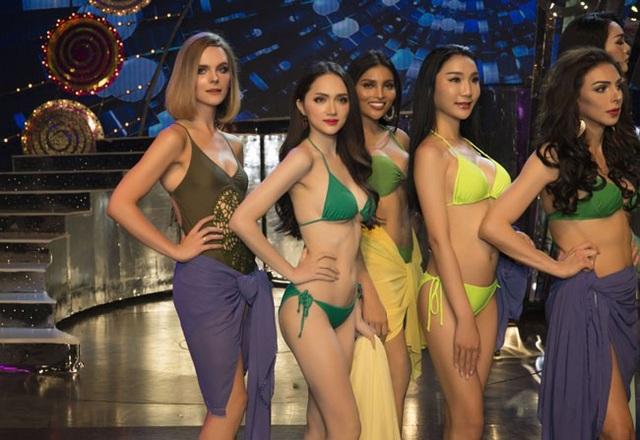 Hương Giang trình diễn điêu luyện trong phần thi bikini - 6