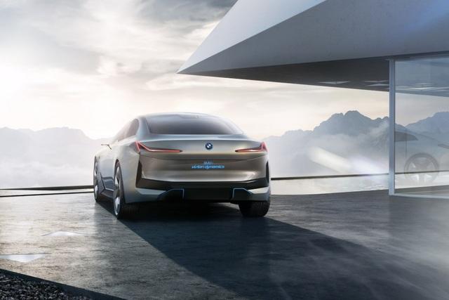 BMW i4 sẽ sớm có mặt trên thị trường - 6