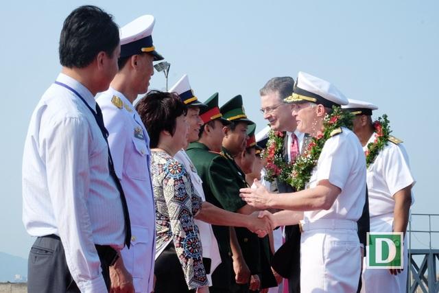 Lễ đón tiếp đoàn được tổ chức trọng thể ngay tại Cảng Tiên Sa - Đà Nẵng