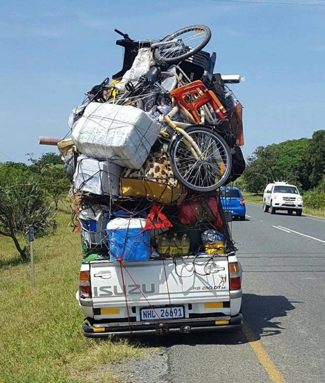 Có lẽ gia đình này đã chuẩn bị hành lý cho một chuyến du lịch vòng quanh thế giới.