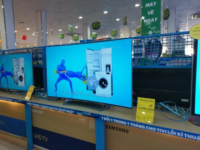 Một mẫu TV 55 inch từ 40 triệu đồng được giảm còn 25,9 triệu đồng