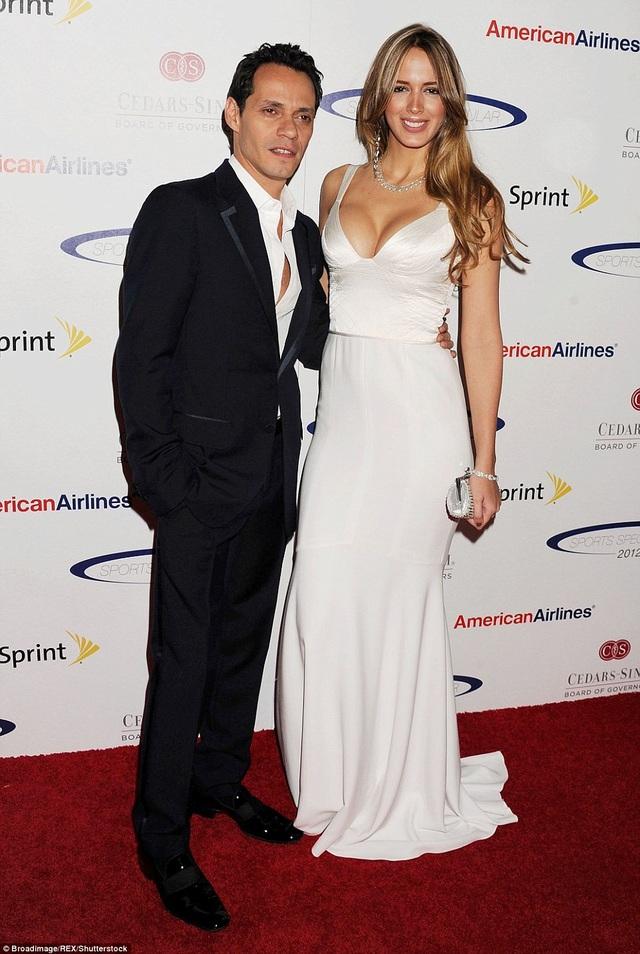 Shannon de Lima là vợ thứ 3 của Marc Anthony, cặp đôi kết hôn vào năm 2014 và chia tay vào năm 2017